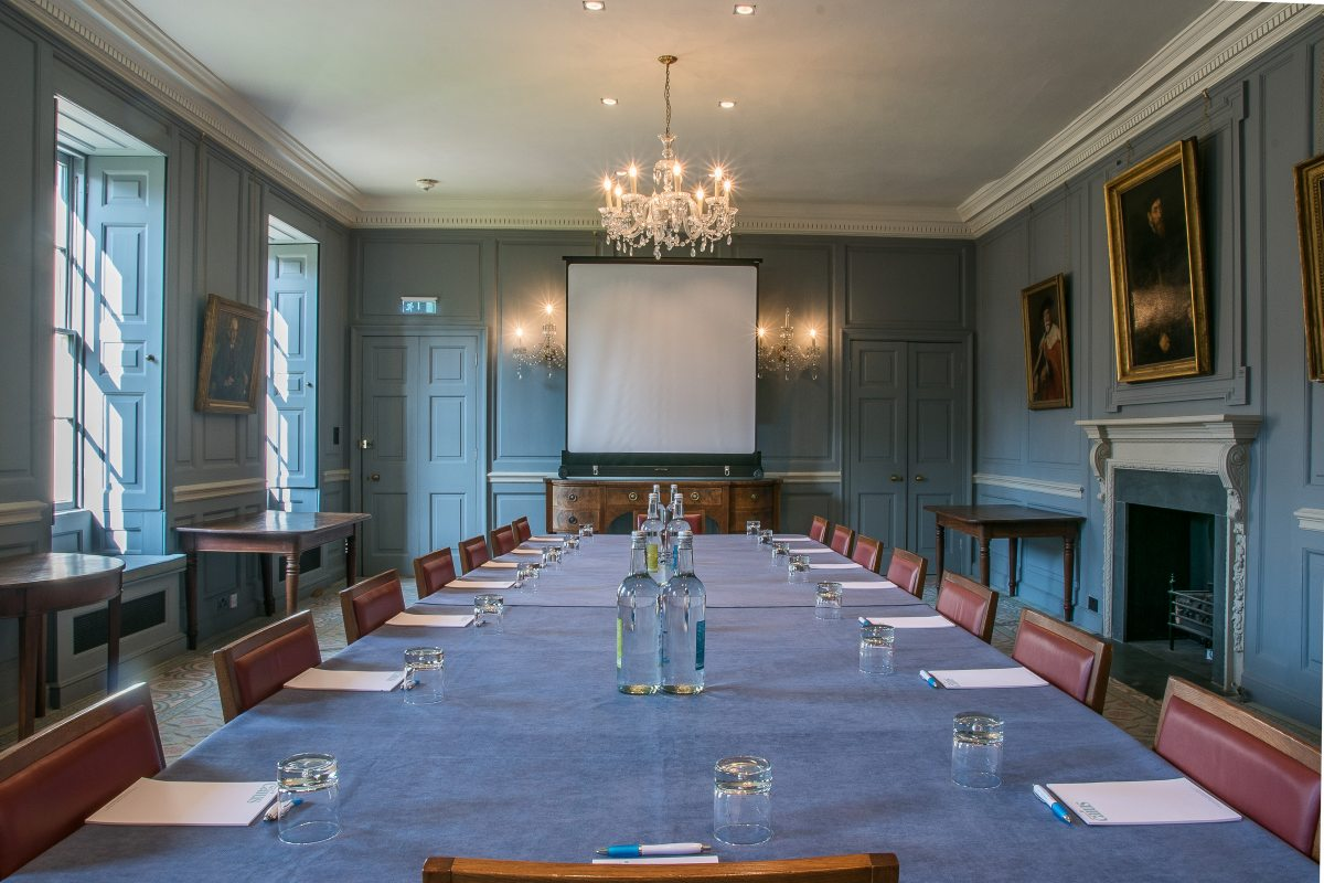 Senior Parlour - Boardroom style with projector screen